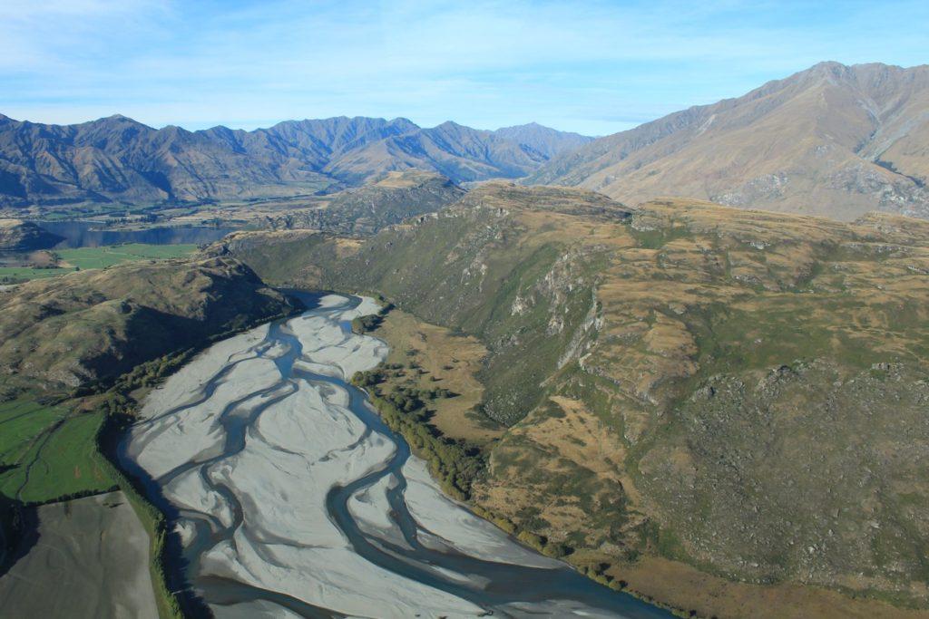 Certains pourraient dire que le niveau est bas... Mais non, c'est juste l'apparence normale des rivières néo-zélandaises