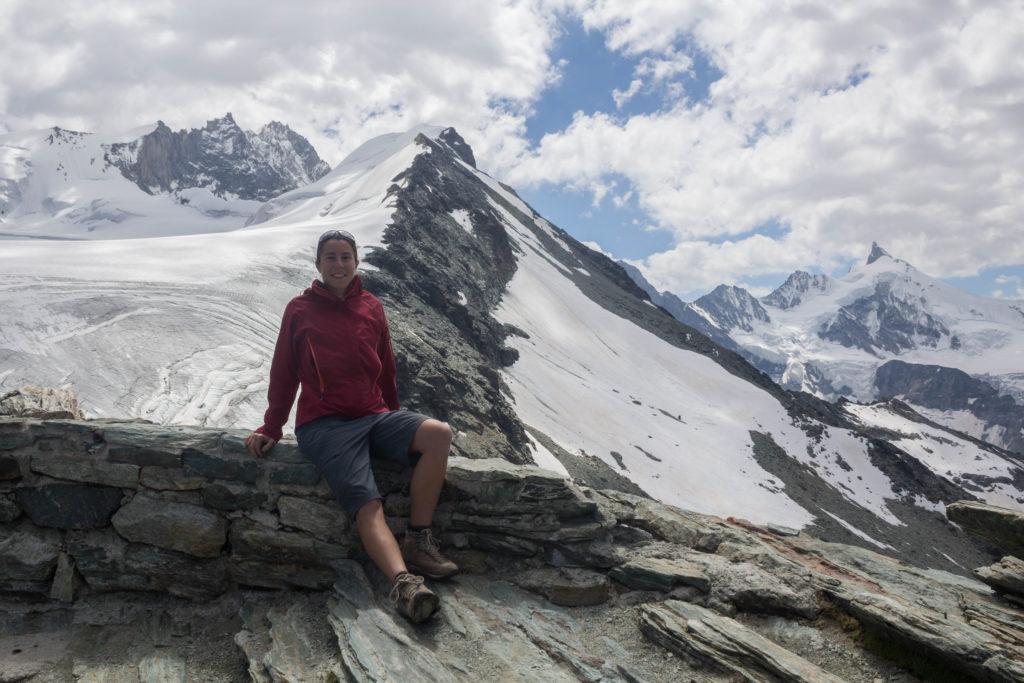 Glaciers et le Weisshorn qui joue à cache-cache avec les nuages